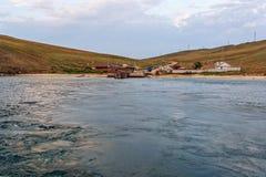 Pilier de ferry sur l'île d'Olkhon Lac Baikal photographie stock libre de droits