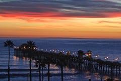 Pilier de l'océan pacifique de la Californie du sud image libre de droits