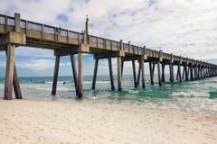 Pilier de pêche de plage de Pensacola, la Floride Photographie stock libre de droits
