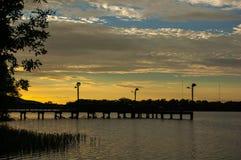 Pilier de pêche du nord au parc d'état du lac ink's, le Texas image libre de droits
