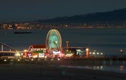 Pilier de Santa Monica la nuit Photographie stock