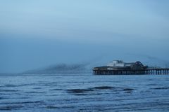 Pilier du nord de Blackpool, coucher du soleil image libre de droits