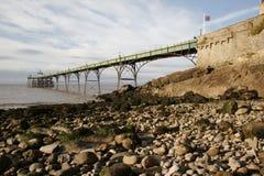 Pilier et plage de Clevedon photographie stock