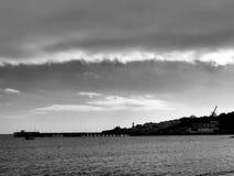 Pilier noir et blanc de Swanage photo stock