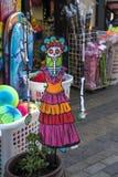 PILIER : OCT. 4 2016 : Les magasins sont prêts pour le Halween photographie stock