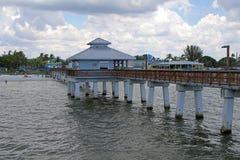 Pilier piétonnier au fort Myers Beach Florida Photos libres de droits