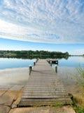 Pilier rustique de pêche de la Floride de matin paisible image libre de droits