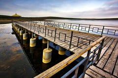 Pilier sur le lac Images libres de droits