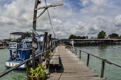 Pilier vers l'île de Samed Images libres de droits
