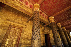 Piliers de l'AMI de Wat dans Luang Prabang, Laos Photo stock