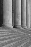 Piliers et étapes Image libre de droits