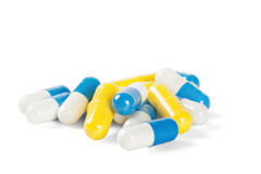 Pillen blau und weiß mit den Schatten Lizenzfreie Stockfotos
