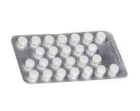 Pillen in den Blisterpackungen lokalisiert auf Weiß Lizenzfreies Stockbild