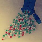 Pillen, die aus Tablettenfläschchen auf Weiß heraus verschüttet werden vektor abbildung