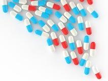 Pillen, die aus Tablettenfläschchen heraus verschüttet werden lizenzfreie abbildung