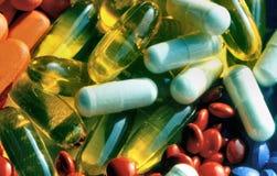 Pillen in diverse vormen Royalty-vrije Stock Fotografie