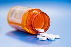 Pillen in een fles Royalty-vrije Stock Fotografie