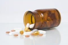 Pillen en Fles Royalty-vrije Stock Afbeelding