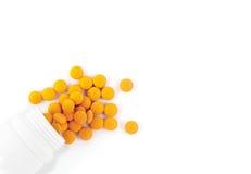 Pillen op witte achtergrond Stock Fotografie