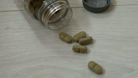 Pillen und Drogendrehen Medizin, Pillen und Tabletten mit den Blisterpackungen, die in eine nahtlose Schleife sich drehen Stockbild