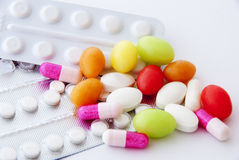 Pillole e capsule immagini stock