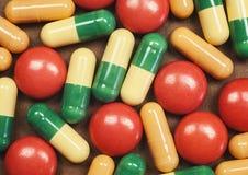 Pillole e compresse macro Immagini Stock Libere da Diritti