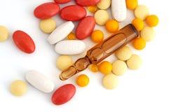 Pillole ed ampolle Fotografia Stock Libera da Diritti