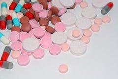 Pillole, pillole e più pillole Fotografie Stock Libere da Diritti