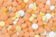 Pills på vitbakgrund Fotografering för Bildbyråer