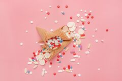 Free Pills Tablets And Capsules In Ice Cream Cones Royalty Free Stock Image - 170831566
