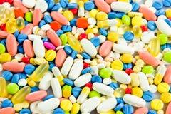 pills vård- antibiotisk kemistdrog Fotografering för Bildbyråer