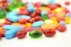 Pills  on white Royalty Free Stock Photos