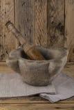 Pilon et mortier de pierre photo stock