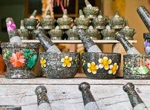 Pilon et mortier de pierre, outil à cuire thaï. Photos stock