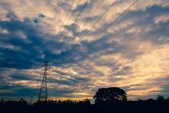 Pilone ad alta tensione di elettricità Fotografie Stock