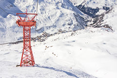 Pilone della gondola dello sci nella stazione sciistica di Zurs - di Lech in Austria Fotografia Stock Libera da Diritti