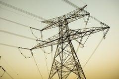Pilones de la electricidad Imagen de archivo