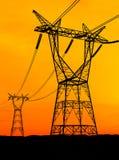 Pilones de la electricidad Fotos de archivo libres de regalías
