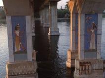 Pilones del puente en el Nilo Imagen de archivo libre de regalías