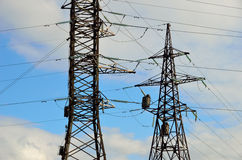 Pilones eléctricos de la transmisión Imagen de archivo