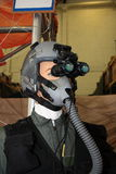 Pilot med skyddsglasögon för nattvision arkivbilder