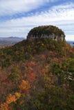 Pilot Mountain i NC Arkivfoton