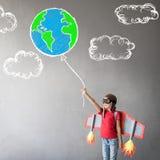 Pilota del bambino pronto a volare fotografia stock libera da diritti
