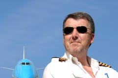Pilote et avion de ligne 747 Images stock