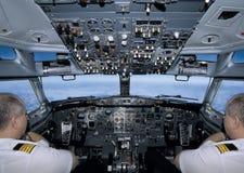 Piloter l'avion Photographie stock