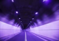 Piloter rapidement dans le tunnel Images libres de droits