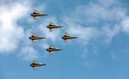 Pilotes acrobatiques aériens d'équipe de F-16 Gripen et du 1er août Image stock