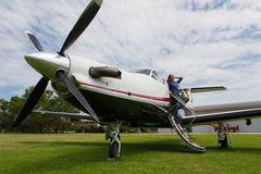Piloto das mulheres Fotos de Stock Royalty Free
