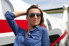 Piloto das mulheres foto de stock