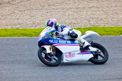 Piloto de Sergio Gadea de 125cc en el MOTOGP imagen de archivo libre de regalías